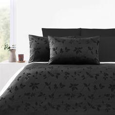300TC Daniza Black Jacquard Quilt Cover Set by Accessorize