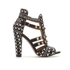 STUDDED SANDALS - Shoes - Woman - ZARA United States