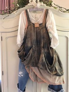"MAGNOLIA PEARL ""NEW"" FRENCH CUT VINTAGE DUNGAREES"", 2017, NWT #MAGNOLIAPEARL #FRENCHCUTDUNGAREES"