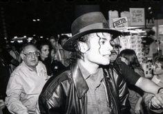 Michael in Las Vegas - Bad Era ;) - Cuteness in black and white ღ  by ⊰@carlamartinsmj⊱