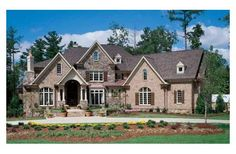 Love this floorplan - may be a bit big for empty nesters :)