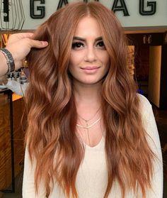 Auburn Sunset Hair Color Shades to Show Off in 2020 Hair Color Auburn, Red Hair Color, Long Auburn Hair, Hair Colour Ideas, Natural Auburn Hair, Ginger Hair Color, Curly Hair Styles, Natural Hair Styles, Sunset Hair