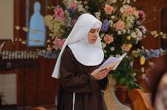 Pérolas Finas: A grande fuga dos mosteiros e conventos