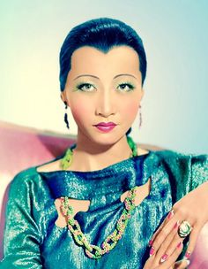 Anna May Wong (1905-1961) the first Chinese American Movie Star in 1920s/1930s