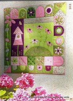 """Penny Rug Quilt - This is really lovely! It is from Marianne Byrne-Goarin and was published in the Quilt Country magazine: """"Les 4 saisons de la feutrine""""."""