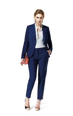 Love Navy, petite suits are everything! Yomi Casual, Reiss Fashion, Petite Suits, Lookbook Design, Suits For Women, Clothes For Women, Business Attire, Business Casual, Work Chic