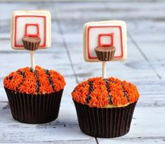 Slam Dunk Recipes for a Winning NBA Finals Party How cute are these Basketball Hoop Cupcakes?How cute are these Basketball Hoop Cupcakes? Basketball Cupcakes, Basketball Party, Basketball Hoop, Basketball Stuff, College Basketball, Street Basketball, Duke Basketball, Basketball Signs, Basketball Decorations