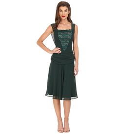 Polyester Chiffon Green Dress A-Line Fit and Flare Knee Length Wide Straps Sleeveless Square Neck