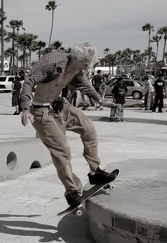 old man has skateboarding skills #grandpa