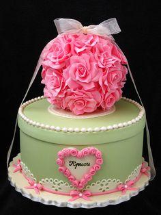 Vintage cake with pink roses ~ by Mina Bakalova
