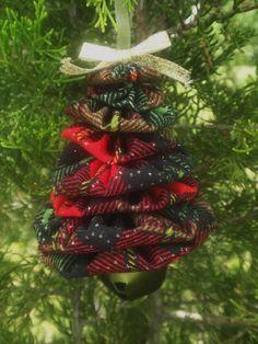 Christmas Plaid Yo Yo Jingle Bell Christmas Tree by SursyShop, $5.00