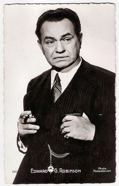 https://flic.kr/p/NS3yJt | Edward G. Robinson in Double Indemnity (1944) | French postcard by Edition P.I., Paris, no. 280, 1950. Photo: Paramount. Publicity still for Double Indemnity (Billy Wilder, 1944).