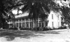 Island Inn hotel - Sanibel Island, Florida  Date 193-  Collection Florida Photographic Collection  Image Number PR09788