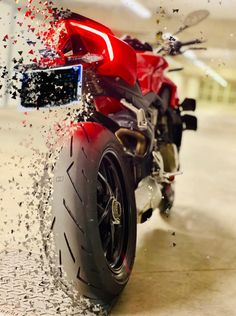 Blur Image Background, Ducati 848, Sportbikes, Valentino Rossi, Iphone Wallpaper, Motorcycle, Ford Focus, Madonna, Instagram