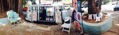 Pé na estrada com restaurantes,lanchonetes, lojas de roupas, cervejarias e muito mais em Brasília A revista Fecomércio traz em sua edição nº 195 uma bela reportagem sobre os chamados food trucks e lojas itinerantes, geralmente montadas em Kombis ou vans e alguns em trailers