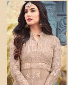 Light Beige Anarkali Gown - Amazin Fashion Latest Salwar Kameez Designs, Anarkali Gown, Light Beige, Photoshoot, Gowns, Fabric, Model, How To Wear, Color