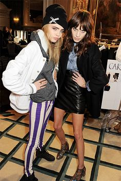 Mulberry Front Row - Cara Delevingne and Alexa Chung