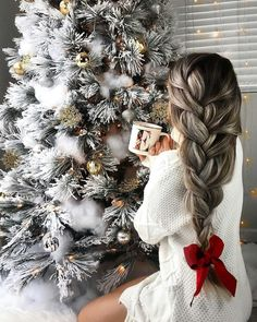 62 Most Creative Christmas Hairstyles for Women To Look Pretty And Cool - Christmas Ideas - Christmas Hairstyles, Winter Hairstyles, Anime Hairstyles, Black Hairstyles, Celebrity Hairstyles, Christmas Mood, Christmas Photos, Christmas Fashion, Christmas Onsies