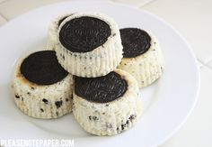 Please Note: Mini Cookies 'n Cream Cheesecakes