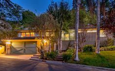 SOLD! 3042 Hollycrest Place, Hollywood Hills, 90068. Listed at $1,199,000. 2Bed / 2 Baths + Pool. Sparkling, sophisticated Mid-Century Home In the Hollywood Knolls close to Lake Hollywood reservoir. Full Details: www.3042Hollycrest.com