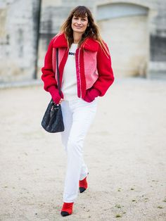 What to Wear With White Jeans: 9 Great Outfit Ideas via @WhoWhatWearUK