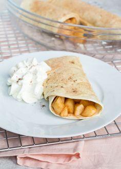 We zijn zo gewend om wraps voor hartige recepten te gebruiken, dat je vergeet dat het ook zoet kan. Deze warme appeltaart wraps zijn net even wat anders.