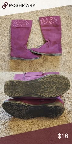 Jessica Simpson Girls Purple Boots size 3 Adorable Purple Jessica Simpson Girls Boots  Pretty Shiny Fleur-de-lis design at top of boot. Zipper closure for easy on and off. Faux Suede. Great condition worn 3 times Jessica Simpson Shoes Boots