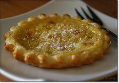 Pastéis de Nata oder Frühstück auf portugiesisch