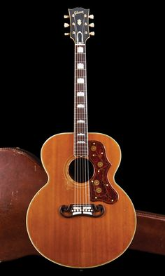 1955 Gibbo - still looking good Gibson Acoustic, Gibson Guitars, Fender Guitars, Acoustic Guitars, Guitar Amp, Cool Guitar, Guild Guitars, Learn Guitar Chords, Taylor Guitars