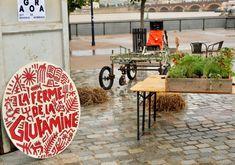 De septembre à novembre, Sarah et Charles-Edouard se sont installés sur les quais de Bordeaux pour présenter leur projet. (Crédit : Anaelle Sorignet)