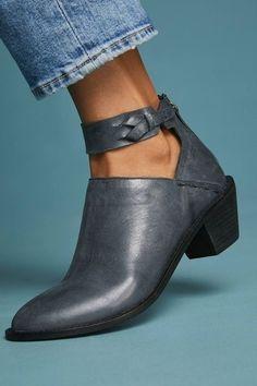 Chicloth Women Plus Size Chunky Heel Booties Daily Zipper Boots Chunky High Heels, High Heel Boots, Heeled Boots, Shoe Boots, Ankle Boots, Shoes Heels, Flat Shoes, Chunky Boots, Women's Boots