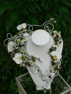 Amazing floral necklace by designer Wendy Andrade