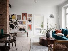 Home Decoration Ideas Handmade A Scandinavian Apartment with Exposed Brick Wall - The Nordroom.Home Decoration Ideas Handmade A Scandinavian Apartment with Exposed Brick Wall - The Nordroom Scandinavian Loft, Scandinavian Apartment, Lovely Apartments, Exposed Brick Walls, Exposed Brick Apartment, Attic Apartment, Family Apartment, Studio Apartment, Vintage Stil