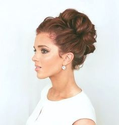 37 popular party hairstyles - hairstyles & haircuts for men & women Popular Hairstyles, Party Hairstyles, Hairstyles Haircuts, Hairstyle Ideas, Teenage Hairstyles, Indian Hairstyles, Peinado Updo, Curly Bun, Quinceanera Hairstyles