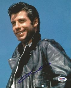 "John Travolta alias ""Danny Zuko"" in Grease. John Travolta Young, Johnny Travolta, Grease John Travolta, Danny Zuko Grease, Danny From Grease, Grease Boys, Greece Movie, Grease Is The Word, Young John"