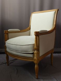Elegant pair of #armchairs #Directoire #style covered with greige fabric. #20th century. For sale on #Proantic by Philippe Cote Antiquités.