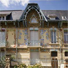 Art Nouveau house; Rue Félix-Fauré, 28 Nancy, France.   http://1902.info/