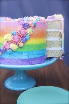 How to Make an Ombré Rainbow Cake - Cupcakes & Cashmere