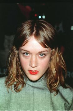 Cut It like Chloe Sevigny. She Lets Her Hair Down My Hairstyle, Down Hairstyles, Beauty Makeup, Hair Makeup, Hair Beauty, Makeup Geek, Eye Makeup, Marion Cotillard, Hair Inspo