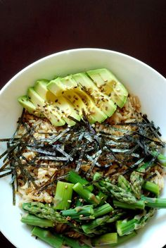 Sushi Bowl with Asparagus and Avocado...sub smoky tofu for asparagus?
