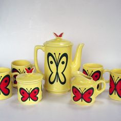 Cheery butterfly yellow tea set