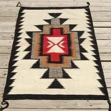I love Navajo rugs, this one is beautiful! Native American Blanket, Native American Rugs, Native American Patterns, Native American Design, Navajo Weaving, Navajo Rugs, Weaving Art, Southwest Rugs, Southwest Decor