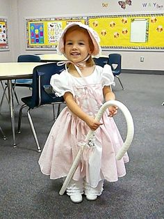 14 Adorable Couples Costume Ideas For Dogs And Kids 15e7925aa