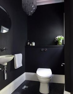 Minimalist Elegant Home Design in Black and White Colors Domination : Bathroom Interior Design Among Black Also White Color Interior Decoration Under West Street Home Completed With Crystal Ceiling Light Decor Small Toilet Room, Small Bathroom, Bathroom Interior Design, Interior Design Living Room, Color Interior, Modern Design Pictures, Upstairs Bathrooms, Elegant Homes, Beautiful Interiors