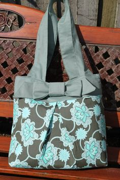 When I saw the Create with Me  project for September over at Ucreate  my first reaction was 'yes please'! The project is the Tohoku Tote  d...