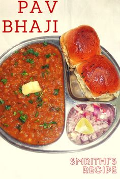 Pav Bhaji is a Maharashtrian fast food dish which consists of vegetable curry served with a loaf of soft bread. This dish was ori. Indian Potato Recipes, Vegan Indian Recipes, Vegetarian Recipes, Veg Recipes, Brunch Recipes, Easy Cooking, Cooking Recipes, Bhaji Recipe, Pav Bhaji