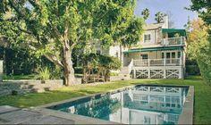 Celebrity Homes | Amanda Seyfried's Devonshire House in New York City | http://celebrityhomes.eu