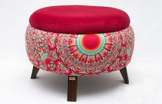 Interesting DIY project from car tires – Vintage Decor Puff Retro, Tire Ottoman, Ottoman Footstool, Tire Craft, Tire Furniture, Reuse Old Tires, Home And Deco, Handmade Furniture, Soft Furnishings