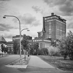 Veckans snackis i Västerås, The Steam Hotel har öppnat. Places Ive Been, Sidewalk, Pictures, Side Walkway, Walkway, Walkways, Pavement