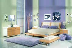 turquoise and purple rooms - but horizontal strips to make the room seem bigger